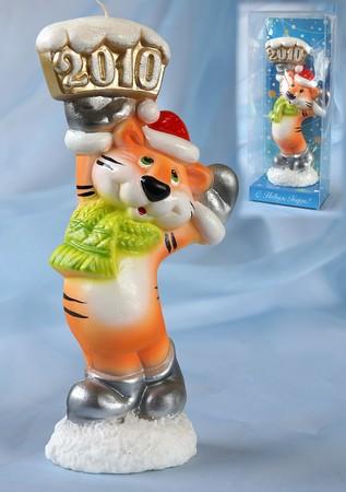 """...новому году уже появились в новогодней коллекции  """"Охотники за сувенирами """" Подарки и сувениры-символы года  """"Тигр """"..."""