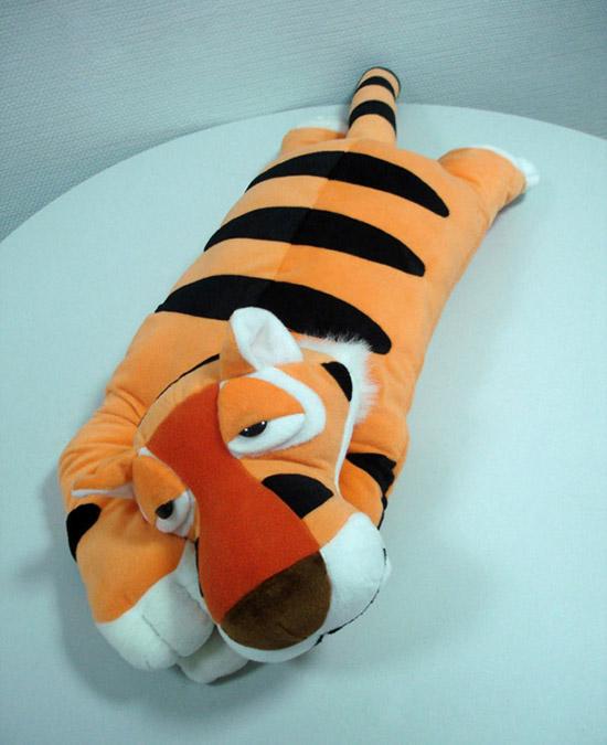 Подушка тигр сшитый своими руками